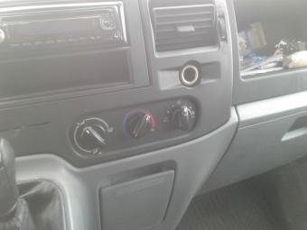 Ford Transit 2.2TDCi dobozos