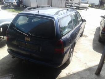 Opel Vectra B Caravan 1.8